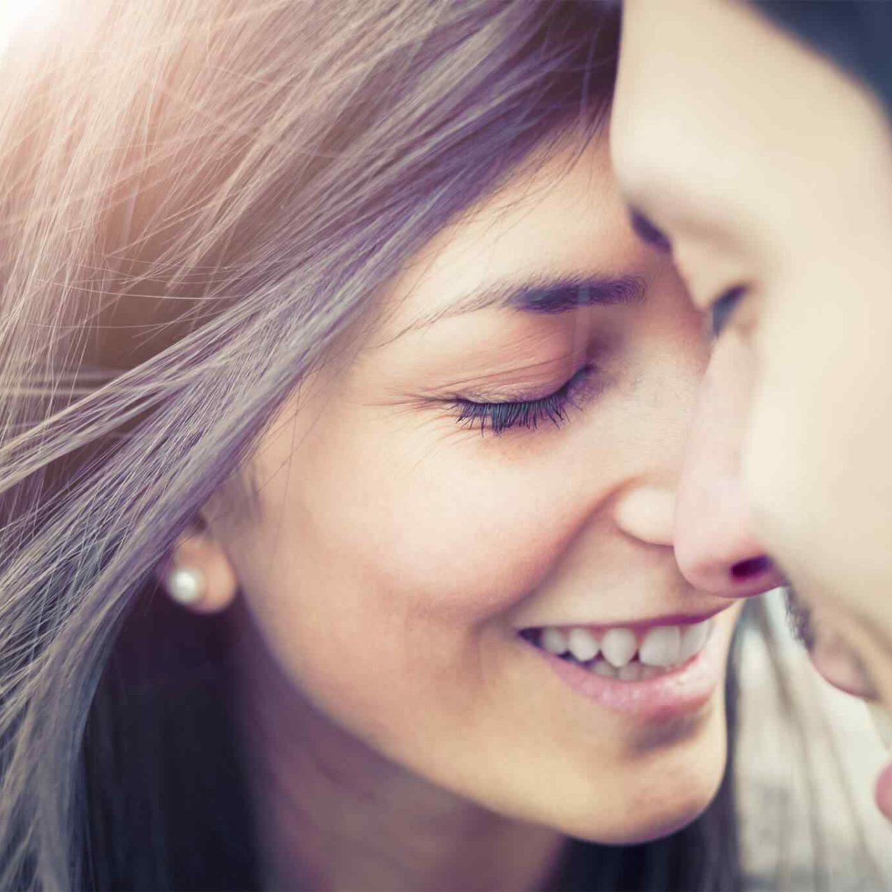 https://www.razvan-popa.ro/wp-content/uploads/2018/01/img-class-marriage-01-1280x1280.jpg